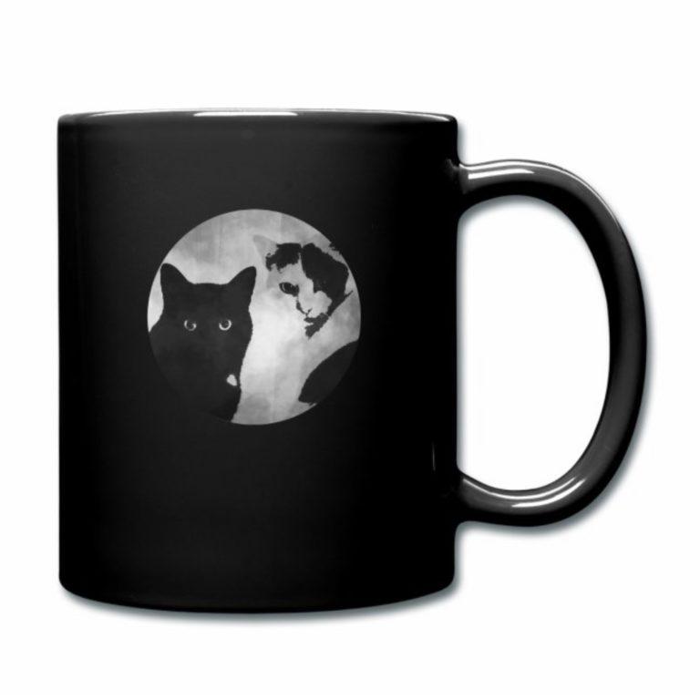 Tiger und Sternchen Logo auf schwarzer Tasse
